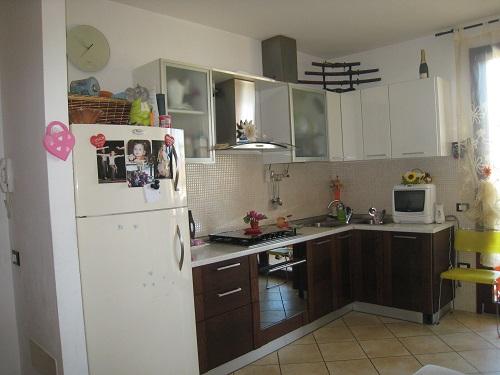 Emejing Cucina Angolare Piccola Ideas - bakeroffroad.us ...